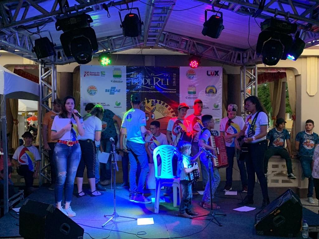 SCFV de Barra de São Miguel faz sucesso na 21ª edição do Bode Rei em Cabaceiras