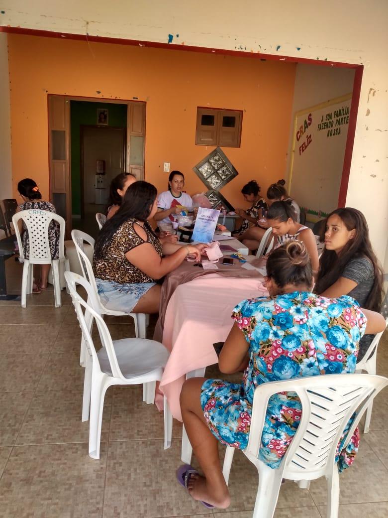 Assistência Social: Gestantes de Barra de São Miguel participam de oficinas e recebem kits
